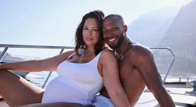 Ашли Греъм очаква първото си дете