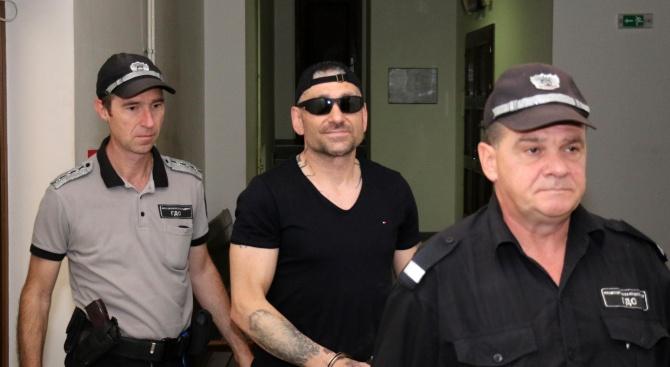 10 месеца затвор за Руснака, поръчал палежа на БМВ-то на бившата си жена