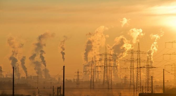 Дишането на замърсен градски въздух е равносилно на изпушването на пакет цигари на ден
