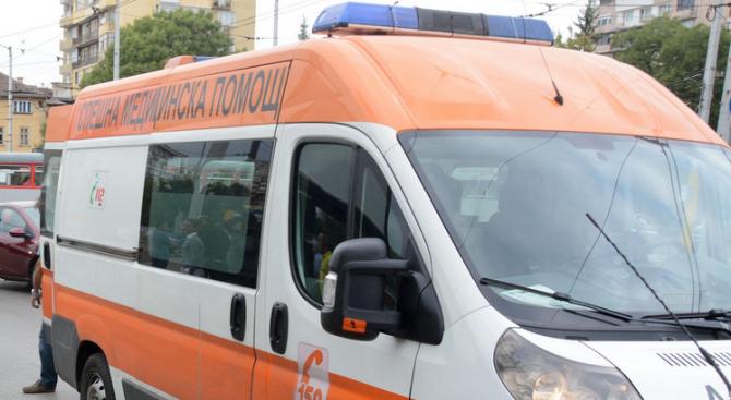 Пешеходец е загинал, след като е блъснат от автомобил на АМ ''Тракия''
