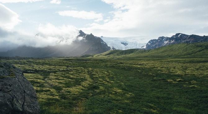 """Правителството на Исландия почете първата """"смърт"""" на ледник в страната"""