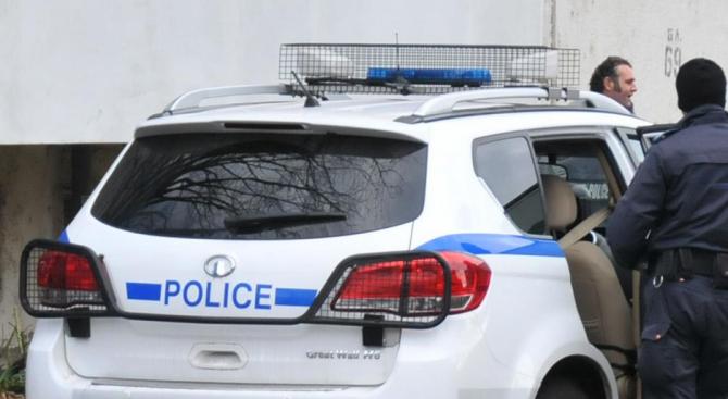 Хванаха криминално проявен с наркотици в Килифарево