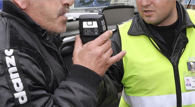 Задържаха врачанин да шофира с 1,69 промила алкохол