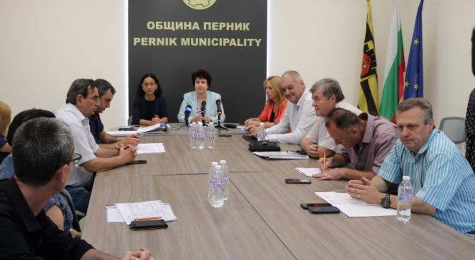 Надя Боянова е новият председател на Общинската избирателна комисия в Перник