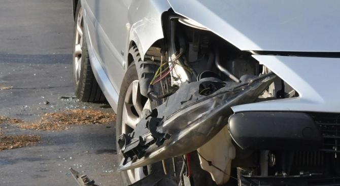 Мъж загина при тежка катастрофа край Пловдив