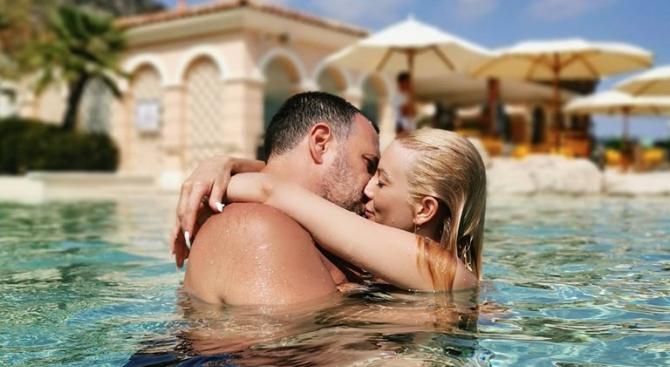Емилия и Башур на романтична почивка в Турция