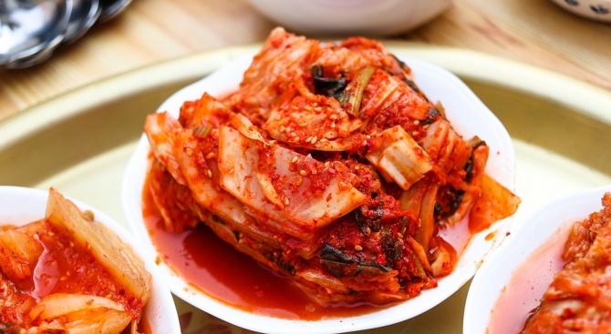 Лютивото корейско ястие кимчи спира оплешивяване