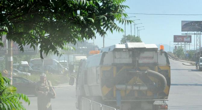 Шофьор на сметосъбиращ камион с 1,85 промила алкохол предизвикал катастрофа в Русе