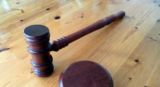 20-годишен ихтиманец отива на съд за кражба на кола