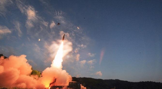 Русия извърши успешно пробно изстрелване на ракети от подводници в Баренцово море