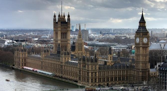 Борис Джонсън иска консултация за евентуално спиране на работата на парламента от 9 септември