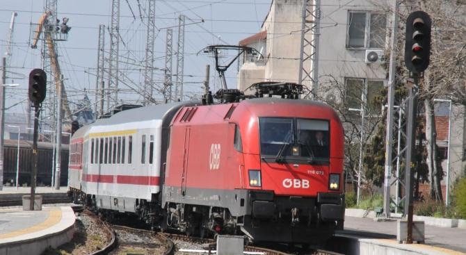 Обществена поръчка за 40 нови вагона ще обяви през следващата седмица БДЖ