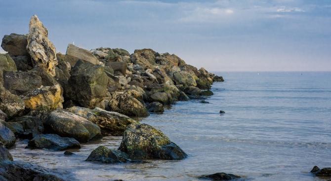 Изследвания на учени от СУ показват, че затоплянето на зимите променя слоевете на Черно море