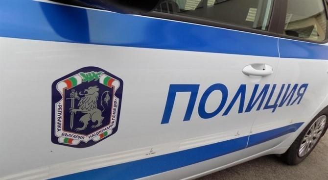 Мъж преби и ограби жена в Симеоновград