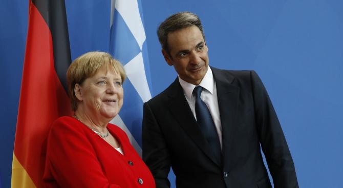 Ангела Меркел: Икономиката на Гърция отбеляза успех