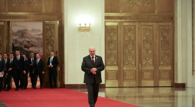 Лукашенко предложи на Болтънда се отвори нова глава в отношениятана Беларус и САЩ