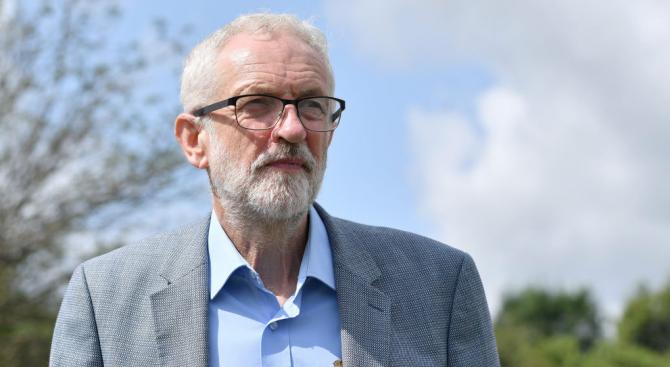 Корбин ще се опита да предотврати спирането на работата на британския парламент