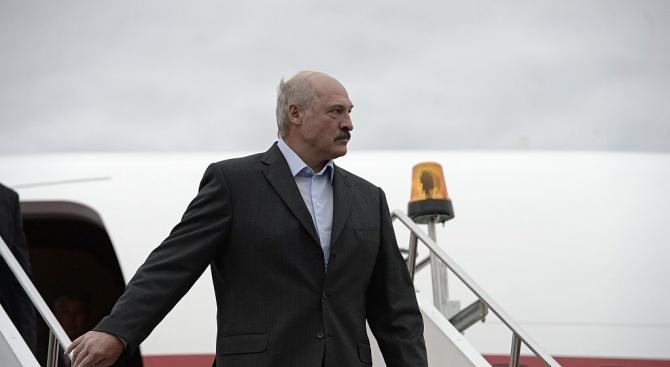 Руска медия: Готова ли е Беларус да падне в обятията на Запада?