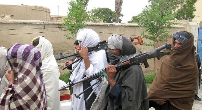 Талибаните нападнаха още един афганистански град