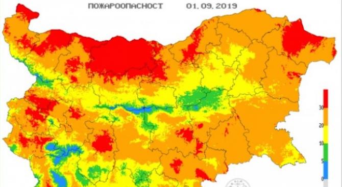 Опасност от пожари има на места в 21 области на страната