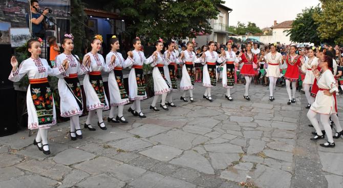 В ивайловградското село Свирачи се проведе голям събор