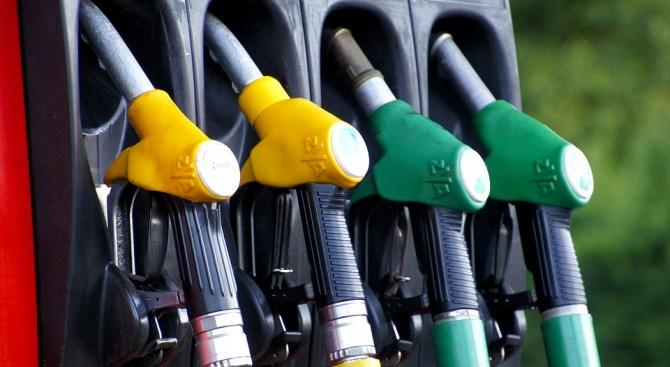 Шофьор зареди гориво на бензиностанция в Разград и избяга