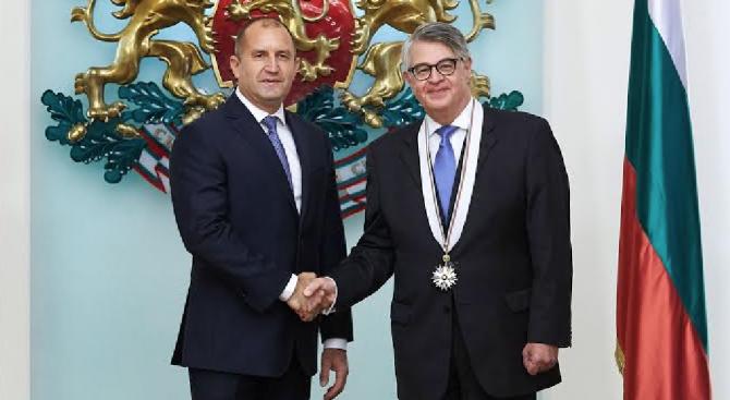 """Президентът връчи орден """"Стара планина"""" - първа степен на гръцкия посланик у нас"""