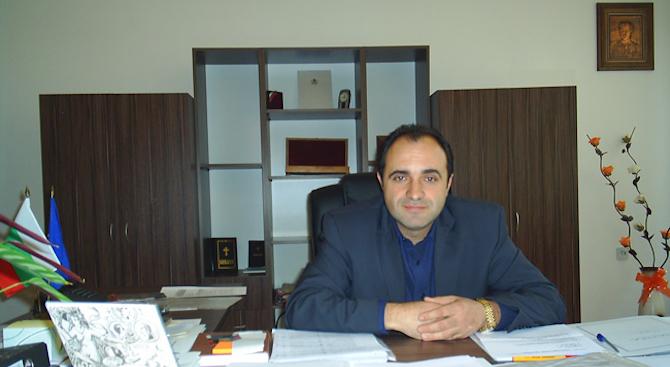 Спецсъдът отстрани от длъжност кмета на Костенец Радостин Радев