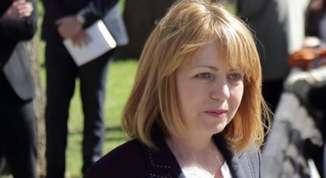 Фандъкова предложи на Манолова да ѝ покаже една по една 100-те нови детски градини