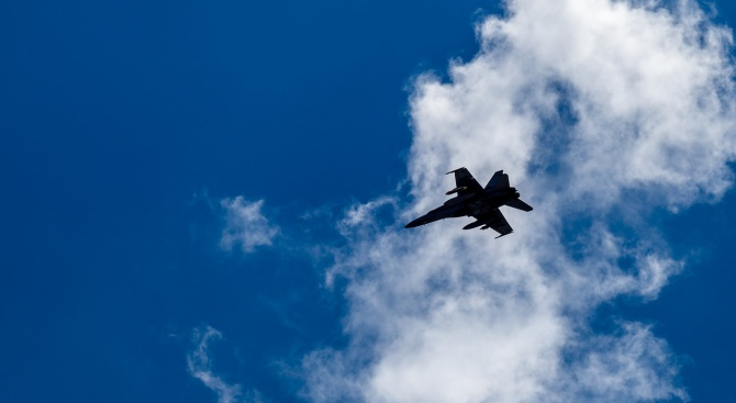 Откриха черните кутии на разбилия се Су-25УБ