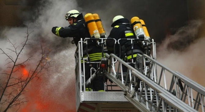 4-ма души останаха без дом след пожара в Бухово