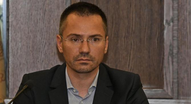Евродепутати, гражданска организация и Николай-Босия се обединиха в защита на хората, потърпевши от частни съдебни изпълнители