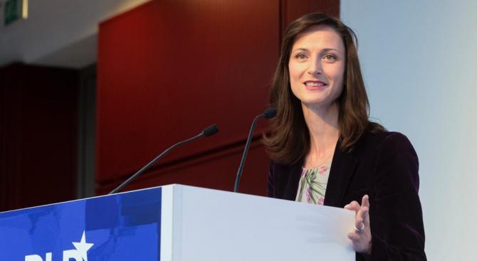 Мария Габриел: Трябва да инвестираме в нашите таланти и нови технологии