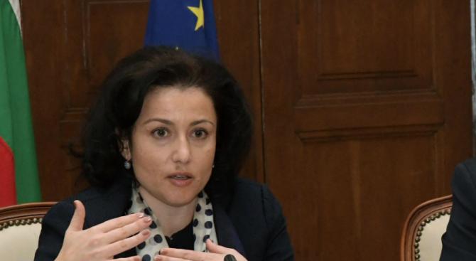 Десислава Танева: Ако искаме да запазимсвиневъдството, трябва да повишим мерките за биосигурност