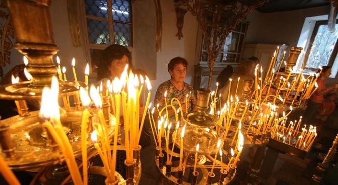 Почитаме паметта на Света Теодора
