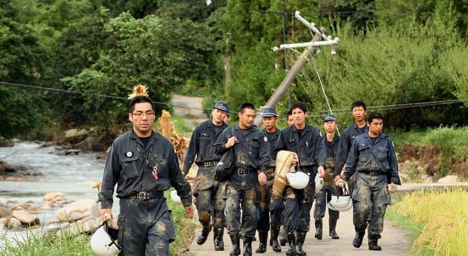 """Над 460 000 домакинства са без ток в Япония след тайфуна """"Факсай"""""""