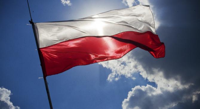 Управляващите в Полша наложиха ваканция на Сейма