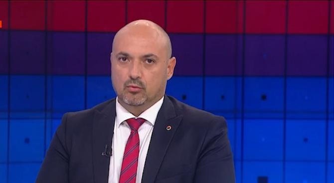 """Богданов от ВМРО с коментар за шпионския скандал и има ли в """"Атака"""" външни зависимости"""