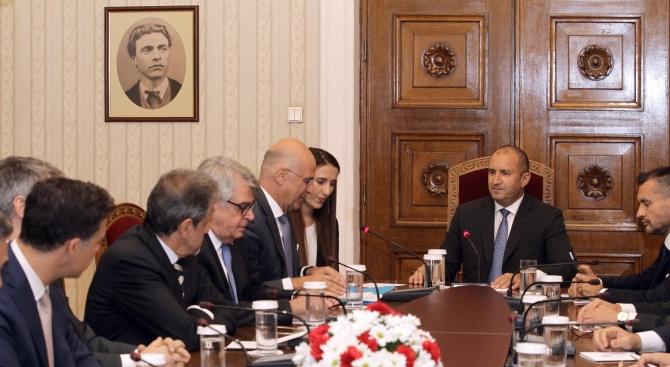Радев: България и Гърция следва да обединят усилията си за реформиране на миграционната политика на ЕС