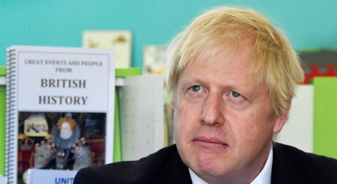 Борис Джонсън отново се зарече, че ще премахне предпазния механизъм за ирландската граница