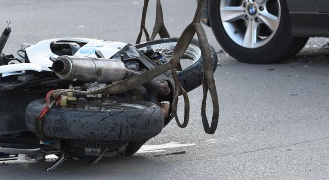 29-годишен мотоциклетист загина в катастрофа