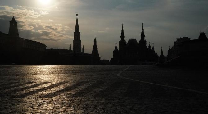 Русия заплаши Чехия със санкции заради плановете за преместване на статуята на съветски маршал