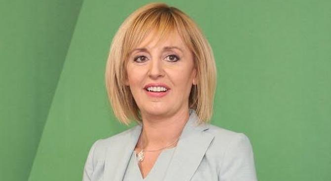 Манолова ще изнесе факти за поръчките за боклука в София