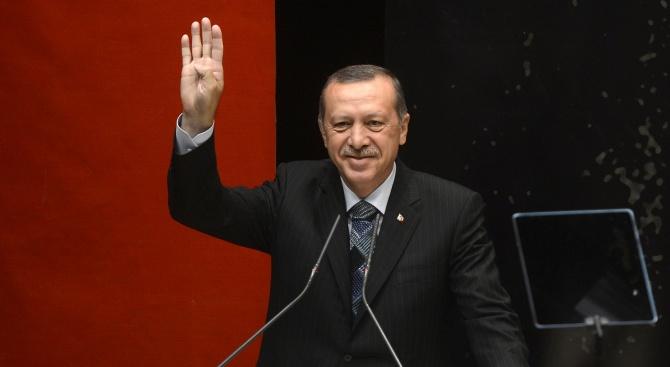 Ердоган: Искаме от ЕС повече пари за бежанците - иначе ги пускаме към Европа