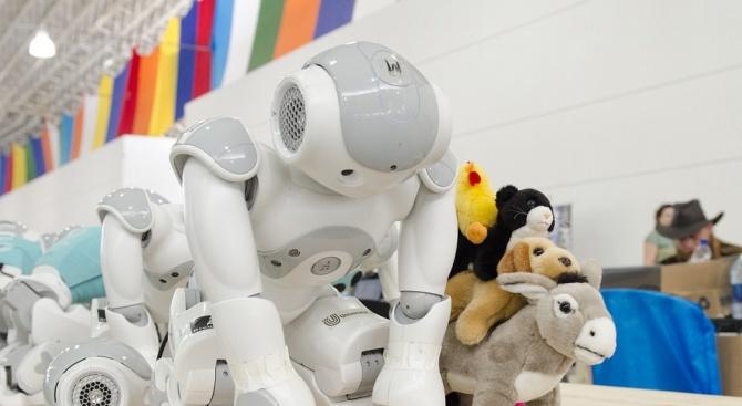 Всички училища в Сърбия ще бъдат оборудвани с малки роботи
