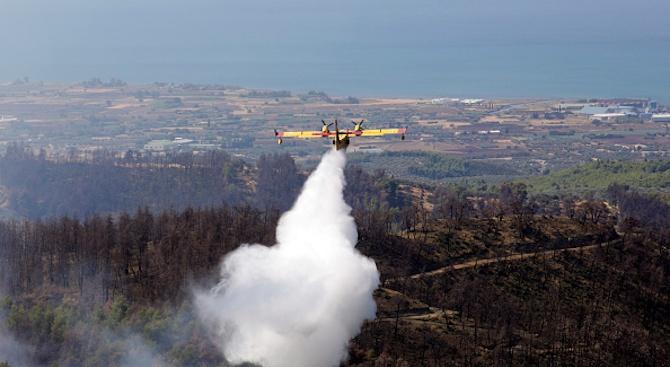 Голям горски пожар избухна на гръцкия остров Закинтос
