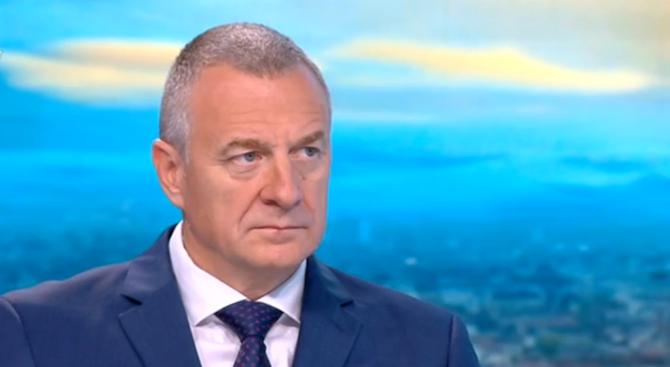 Цветлин Йовчев: Тепърва ще се сблъскваме с педофили и терористи, защото нямаме единна система между службите