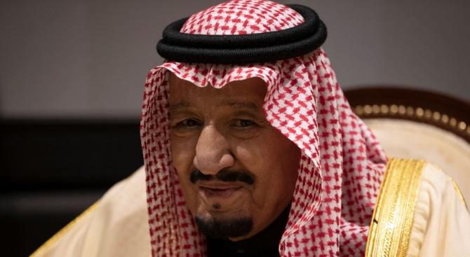 Крал Салман: Саудитска Арабия може да се справи с последиците от атаките срещу петролната рафинерия