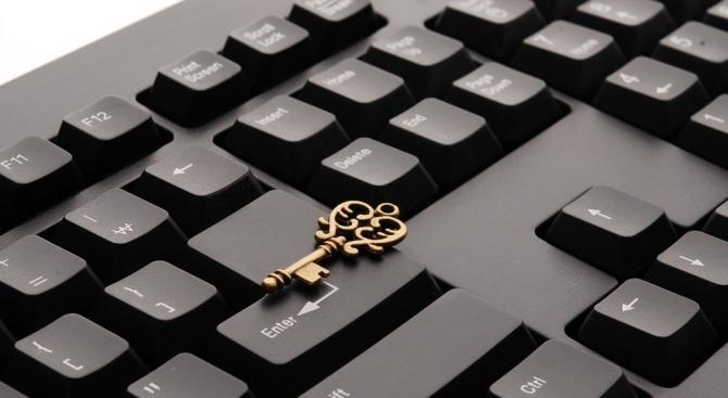 Експерт по киберсигурност: Престъпленията срещу авторските права не са достатъчно наказуеми