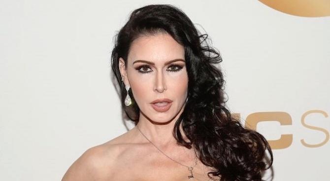 Една от най-известните порно актриси бе открита мъртва в дома ѝ